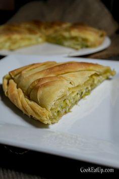 Spanakopita, Kitchen Sets, Greek Recipes, Baked Goods, Sandwiches, Tart, Bakery, Food And Drink, Pie