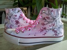 Hey, I found this really awesome Etsy listing at http://www.etsy.com/listing/153061903/hand-painted-custom-converse-all-stars