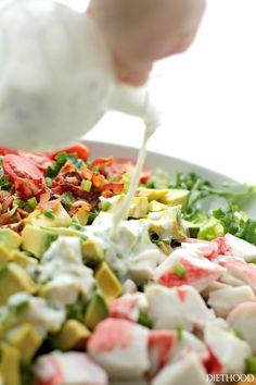 Insalata di granchio, avocado e pancetta