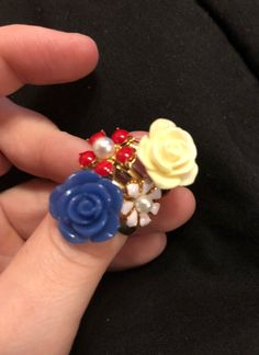 Four colorful flower rings. White, blue, pink and red. Flower Rings, Vintage Rings, Colorful Flowers, Earrings, Red, Pink, Blue, Jewelry, Ear Rings