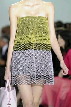 Christian Dior Spring 2013 Ready-to-Wear Detail - Christian Dior Ready-to-Wear Collection Only Fashion, High Fashion, Paris Fashion, Christian Dior, Textiles, Fashion Project, Chic Dress, Fashion Fabric, Couture Dresses