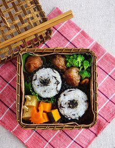 Rice balls bento/おにぎり弁当