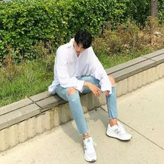 Creating DIY Fashion Trends – Designer Fashion Tips Korean Fashion Men, Boy Fashion, Mens Fashion, Fashion Outfits, Fashion Trends, Street Style Boy, Sharp Dressed Man, Types Of Fashion Styles, Cute Guys