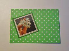 DIY groen kaartje met bolletjes versiert met mooie foto van hartje