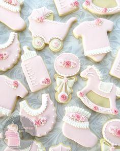 Peach Baby Shower, Baby Shower Fun, Floral Baby Shower, Baby Shower Themes, Baby Girl Cookies, Baby Shower Cookies, Iced Cookies, Sugar Cookies, Heart Cookies