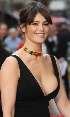 Gemma Arterton - Most Beautiful Girls Gemma Christina Arterton, Gemma Arterton, Beautiful Celebrities, Beautiful Actresses, Beautiful Women, Prince Of Persia, Hot Brunette, Hollywood Actresses, Beauty Women