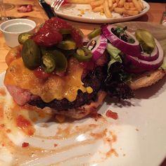 Spicy Bacon & Cheese Burger at Bell's Diner in Edinburgh #cheatday #burger #foodporn #bellsdiner #edinburghfoodie #stockbridgeedinburgh #stockbridge #edinburgh #scotland