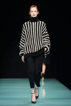 Sfilata Anteprima Milano - Collezioni Autunno Inverno 2014-15 - Vogue