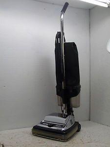sanitaire s662 heavy duty commercial upright vacuum cleaner 840 watts ez kleen - Sanitaire Vacuum