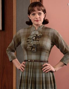 Elisabeth Moss' Best On and Off-Screen Style Moments - Mad Men Season 3 from #InStyle
