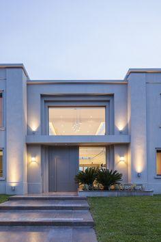 Modern House Facades, Modern Architecture House, Architecture Design, Modern Home Exteriors, Modern Glass House, Design Villa Moderne, Modern Villa Design, Village House Design, House Front Design