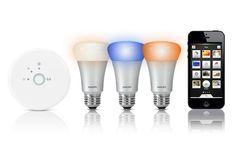 Die Philips Hue Glühlampen werden per iPhone & iPad gesteuert und passend außerdem in viele gängige Lampenwindungen.