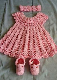 Crochet Baby Dress Pattern, First Outfit Easter Baby Shower Gift, Welcome Baby Girl, Chevron Infant Crochet Dress Pattern Months Infant Crochet Baby Dress Pattern, Baby Dress Patterns, Crochet Fabric, Baby Girl Crochet, Crochet Baby Clothes, Baby Dress Tutorials, Pattern Dress, Cape Bebe, Mode Crochet