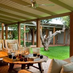 Our luxury Farm House is a safari-chic exclusive use bush house, offering the perfect private setting for families and friends