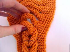 How to Knit a Braided Headband Step By Step ergahandmade: How to Knit a Braided Headband Step By Step. # Braids easy for kids How to Knit a Braided Headband Step By Step Knit Headband Pattern, Knitted Headband, Crochet Stitches, Knit Crochet, Crochet Hats, Knitting Projects, Crochet Projects, Lidia Crochet Tricot, Faux Braids