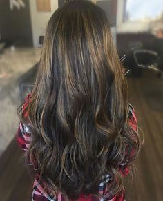 Highlight and tone refresh. Color by @tame_to_tease  #hair #hairenvy #hairstyles #haircolor #brunette #balayage #highlights #newandnow #inspiration #maneinterest