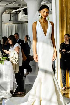 Bridal Fashion Week always creeps up on me for some reason. I just feel like I'm never prepared for wedding dress perfection every single season. Perfect Wedding Dress, Dream Wedding, French Wedding, Bridal Dresses, Wedding Gowns, Wedding Mandap, Wedding Receptions, Marchesa Bridal, Marchesa Spring
