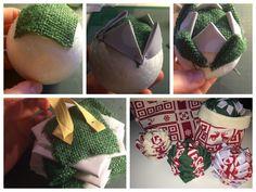 Déco de Noël DIY pour le sapin boule de Noël en tissu et épingle sans couture. Pomme de pin en tissu. Tuto complet sur : https://clemaroundthecorner.com/2015/10/30/diy-boule-de-noel-en-tissu/