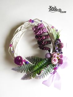 My florist work - Wattled from willow wreath with violet decor #knitmade #knitmadeflowers #knitmadenews #wreath #violet #willow