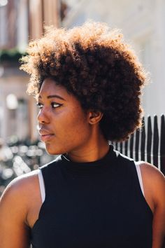 The beautiful @fscwilliams_  and her lovely fro | Captured by photographer @sheyreece || Texture Galore. kinky curly textures. afro textures. afro textured curls. natural hair. afro hair. curly fro. afro curls. curly afro. beautiful hair.