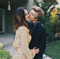 Bailee Madison and Alex Lange Cute Relationship Goals, Cute Relationships, Love Couple, Couple Goals, Dylan Sprouse, Boyfriend Goals, Poses, Cute Couples Goals, Romantic Couples
