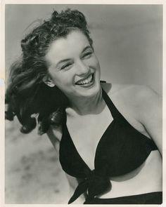 Marilyn Monroe (4) early photographs by Joseph Jasgur. (1946)  Hollywood Auction 65, lot 945 >> http://bit.ly/1tgkBSe