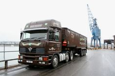2001 - The last Foden 4000 XL to be made. New Trucks, Cool Trucks, Old Lorries, Semi Trailer, Commercial Vehicle, Vintage Trucks, Classic Trucks, Soldering, Worms