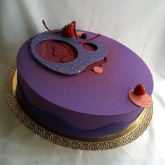 black currant~raspberry~hazelnut entremet