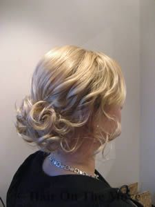 Vintage-y hair....love it!