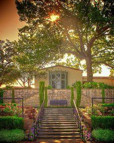 Degolyer house, Dallas Arboretum