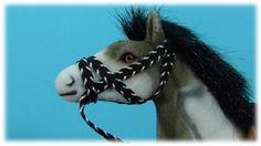Chevaux jouets en français. Informations intéressantes sur les chevaux p...