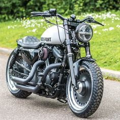 Love this Chubby little Sportster we built , with the 17 inch HD Fatboy wheels ❤️ Harley Davidson Sportster, Sportster Chopper, Classic Harley Davidson, Harley Sportster 48, Harley Scrambler, Harley Davidson 48, Vintage Motorcycles, Custom Motorcycles, Triumph Motorcycles