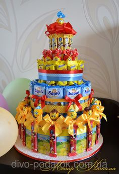 pro víki a maxika - Toys for years old happy toys Candy Birthday Cakes, 21st Birthday Presents, Bff Birthday Gift, Toy Story Birthday, Birthday Party Decorations, Candy Arrangements, Birthday Basket, Toy Story Cakes, Candy Crafts