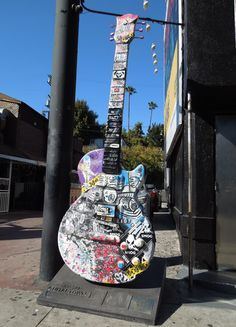 Guitar Shelf, Arts And Crafts, Street, Image, Ideas, Art And Craft, Thoughts, Walkway, Art Crafts