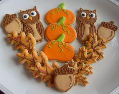 Fall cookies- Pumpkins, owls, acorns and oak leaves Owl Cookies, Fancy Cookies, Iced Cookies, Sugar Cookies, Thanksgiving Cookies, Holiday Cookies, Thanksgiving Baking, Thanksgiving Ideas, Cookie Designs