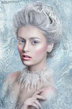 The witch queen of Arianthe who inherited the angelic power of weather manipulation from her fallen angel father. Ice Makeup, Makeup Art, Snow Queen Makeup, Snow Makeup, Ice Queen Costume, Ice Princess Costume, Foto Fantasy, Snow Maiden, Princess Makeup