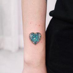 60 Unique Small Watercolor Tattoos For Women #tattoos #tattoosforwomen #tattoodesigns #tattoosforgirls #cutetattoos #smalltattoos #tattooideas #tinytattoos #tattoodesignsforwomen - Millions Grace Unique Tattoos, Cute Tattoos, Girl Tattoos, Tattoos For Guys, Gem Tattoo, Chain Tattoo, Star Tattoos, Sleeve Tattoos, Thigh Tattoos