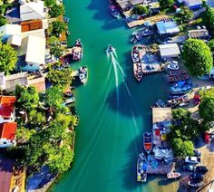 Canal da Barra da Lagoa. Florianópolis