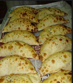 Hatay'ın enfes lezzetlerinden olan ve yapımı çok pratik olan Sembüsek Böreğini muhakkak tatmalısınız.