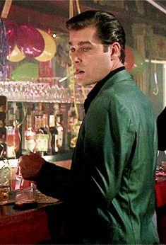 Ray Liotta, Goodfellas Swag for days- Goodfellas 1990, Ray Liotta Goodfellas, Mafia, Nova Jersey, Citations Film, Gangster Movies, Crime Film, Pulp, Martin Scorsese