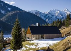The contemporary homes gabled roofline and timber materials are a nod to the traditional alpine vernacular. #dwell #moderncabins #moderndesign #italy #alps #modernarchitecture