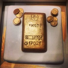 Golden ingot cake....very special! #dessert #food #desserts #TagsForLikes #yum #yummy #amazing #instagood #instafood #sweet #chocolate #cake #icecream #dessertporn #delish #foods #delicious #tasty #eat #eating #hungry #foodpics #sweettooth #love #gold