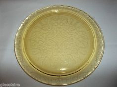"""I have this plate only in pink. Great condition. Vintage Federal Glass MADRID Yellow Depression Glass 11.5"""" Cake Plate"""
