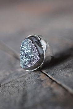 Silver Metallic Drusy Ring #ring #inspiration #metallic