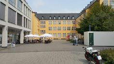 Franziskanerhof mit Blick auf das Stadthaus
