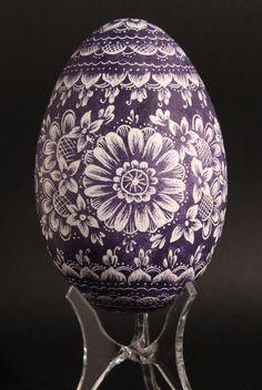 Buy an art egg on Art et Artisanat du Monde