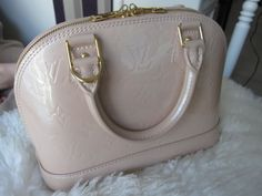 bad96769ffa4 Review  the LV Alma BB shiny Monogram Vernis In Rose Florentin