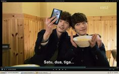 Lee jong suk & kim woo bin (School 2013)