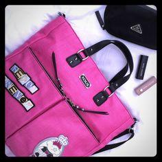 TOUS Beautiful fuschia handbag. Messenger type handbag TOUS Bags