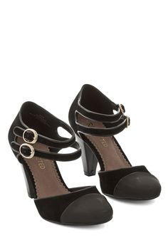 ff6edd162a215a Shadyside Lady Heel in Black by Restricted - Mid